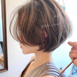 大人かわいい ゆるふわ ショート ショートボブ ヘアスタイルや髪型の写真・画像