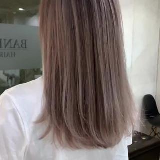 ハイライト ヘアアレンジ オフィス ナチュラル ヘアスタイルや髪型の写真・画像