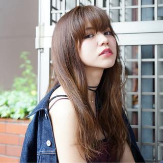 ロング 外国人風 グラデーションカラー ゆるふわ ヘアスタイルや髪型の写真・画像
