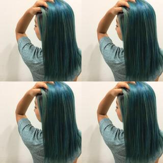 ロング ストレート 波ウェーブ ストリート ヘアスタイルや髪型の写真・画像
