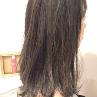 暗髪 ブルージュ グレージュ ストリート ヘアスタイルや髪型の写真・画像
