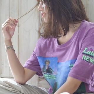 ベージュ イルミナカラー ミディアム ヘアアレンジ ヘアスタイルや髪型の写真・画像