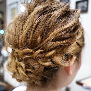 簡単ヘアアレンジ ゆるふわ セミロング 外国人風 ヘアスタイルや髪型の写真・画像 ヘアスタイルや髪型の写真・画像