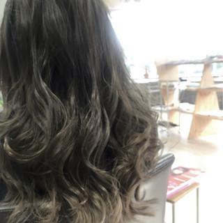 モード ブルージュ ロング グラデーションカラー ヘアスタイルや髪型の写真・画像
