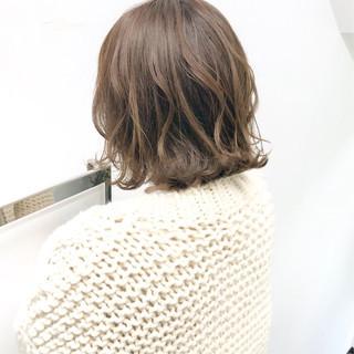 簡単ヘアアレンジ デート アンニュイほつれヘア 切りっぱなし ヘアスタイルや髪型の写真・画像