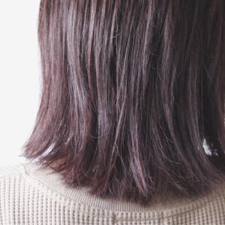 ミディアム グレー ピンク アッシュ ヘアスタイルや髪型の写真・画像