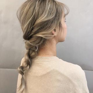 アウトドア 簡単ヘアアレンジ デート ヘアアレンジ ヘアスタイルや髪型の写真・画像 ヘアスタイルや髪型の写真・画像