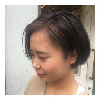 ショート ナチュラル ブリーチ 秋 ヘアスタイルや髪型の写真・画像 ヘアスタイルや髪型の写真・画像