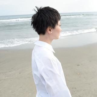モード ベリーショート 外国人風 黒髪ショート ヘアスタイルや髪型の写真・画像 ヘアスタイルや髪型の写真・画像