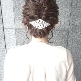 こなれ感 結婚式 フェミニン ヘアアレンジ ヘアスタイルや髪型の写真・画像