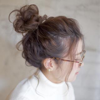 セミロング 簡単ヘアアレンジ 大人かわいい お団子 ヘアスタイルや髪型の写真・画像 ヘアスタイルや髪型の写真・画像