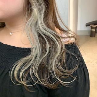 インナーカラーホワイト インナーカラー ホワイトカラー ロング ヘアスタイルや髪型の写真・画像 ヘアスタイルや髪型の写真・画像