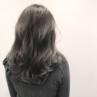 暗髪 グレー セミロング ストリート ヘアスタイルや髪型の写真・画像