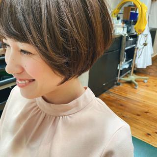 大人ショート ナチュラル ショートヘア ハンサムショート ヘアスタイルや髪型の写真・画像