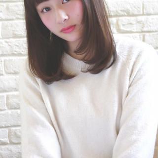 大人女子 小顔 セミロング おフェロ ヘアスタイルや髪型の写真・画像