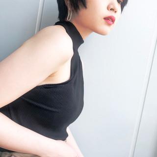 ショート 小顔 エレガント 上品 ヘアスタイルや髪型の写真・画像 ヘアスタイルや髪型の写真・画像
