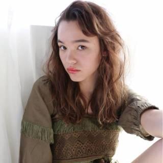 ウェーブ 大人かわいい モテ髪 ナチュラル ヘアスタイルや髪型の写真・画像