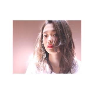 ウェットヘア パンク ストレート ウェーブ ヘアスタイルや髪型の写真・画像