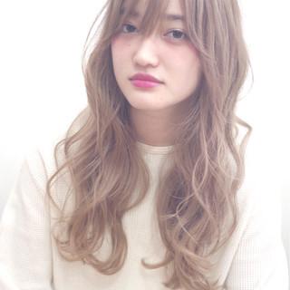 ロング ダブルカラー 外国人風カラー ブリーチ ヘアスタイルや髪型の写真・画像