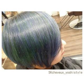 ブルー ボブ 個性的 ダブルカラー ヘアスタイルや髪型の写真・画像