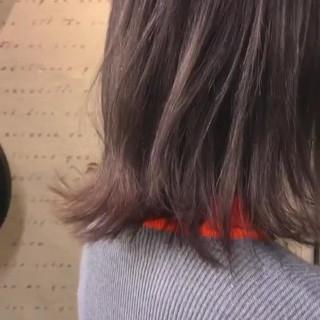 ミディアム ストリート ブリーチ パープル ヘアスタイルや髪型の写真・画像