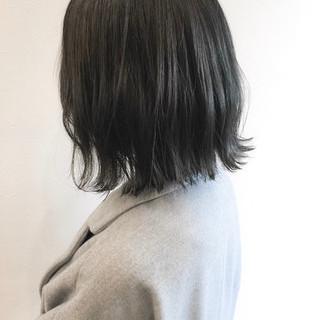 大人かわいい アッシュグレー ボブ 透明感 ヘアスタイルや髪型の写真・画像