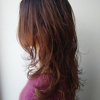 セミロング エレガント 上品 スウィングレイヤー ヘアスタイルや髪型の写真・画像