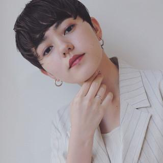 ベリーショート 黒髪 ショート ナチュラル ヘアスタイルや髪型の写真・画像