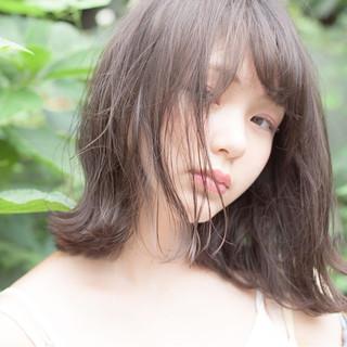 フェミニン ミディアム 透明感 秋 ヘアスタイルや髪型の写真・画像