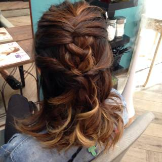 三つ編み 愛され コンサバ ヘアアレンジ ヘアスタイルや髪型の写真・画像