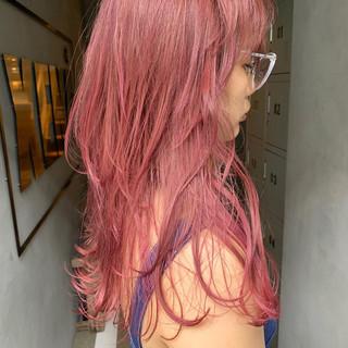 ピンクアッシュ ストリート ロング ラベンダーピンク ヘアスタイルや髪型の写真・画像