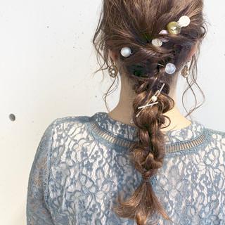 春 ロング フェミニン デート ヘアスタイルや髪型の写真・画像