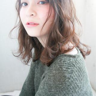 デジタルパーマ 似合わせ かわいい アッシュ ヘアスタイルや髪型の写真・画像