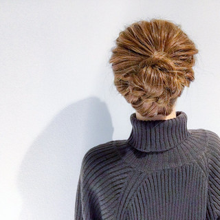 アウトドア オフィス デート セミロング ヘアスタイルや髪型の写真・画像 ヘアスタイルや髪型の写真・画像