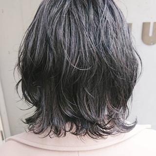 切りっぱなしボブ レイヤーカット ウルフカット ボブ ヘアスタイルや髪型の写真・画像