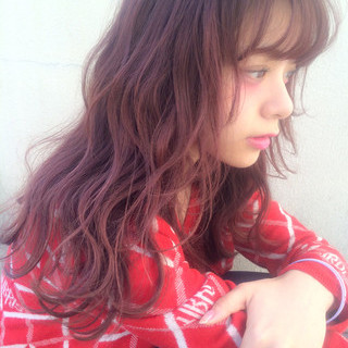 セミロング シースルーバング ゆるふわ ガーリー ヘアスタイルや髪型の写真・画像