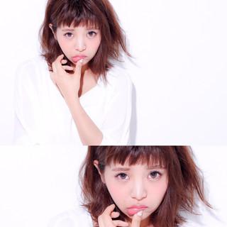 外国人風 パーマ ピュア 前髪あり ヘアスタイルや髪型の写真・画像