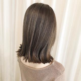ナチュラル コントラストハイライト 3Dハイライト ミディアム ヘアスタイルや髪型の写真・画像