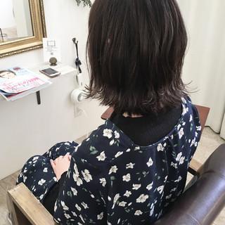 ロブ ハイライト ウェットヘア ナチュラル ヘアスタイルや髪型の写真・画像