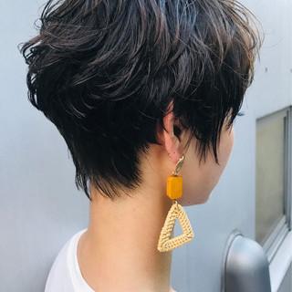 黒髪 パーマ エレガント 小頭 ヘアスタイルや髪型の写真・画像