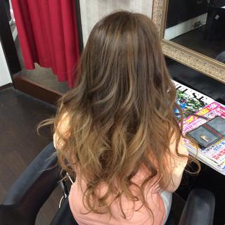 ロング グラデーションカラー ガーリー 外国人風カラー ヘアスタイルや髪型の写真・画像