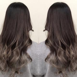 外国人風 グラデーションカラー ハイライト 渋谷系 ヘアスタイルや髪型の写真・画像