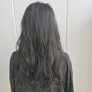 外国人風カラー ロング 外国人風 ハイライト ヘアスタイルや髪型の写真・画像 ヘアスタイルや髪型の写真・画像