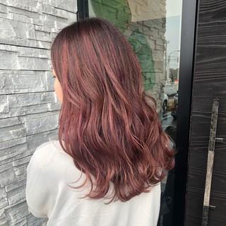 ガーリー グラデーションカラー ロング ピンク ヘアスタイルや髪型の写真・画像