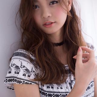 セミロング ナチュラル かっこいい 大人女子 ヘアスタイルや髪型の写真・画像