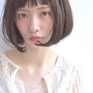 デート 大人かわいい 斜め前髪 フェミニン ヘアスタイルや髪型の写真・画像