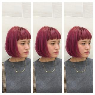 ボブ モード ピンク 切りっぱなしボブ ヘアスタイルや髪型の写真・画像 ヘアスタイルや髪型の写真・画像