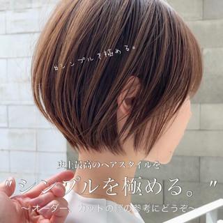 ショートヘア ショートボブ 簡単ヘアアレンジ ベリーショート ヘアスタイルや髪型の写真・画像