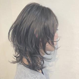 バレイヤージュ グラデーションカラー インナーカラー ナチュラル ヘアスタイルや髪型の写真・画像