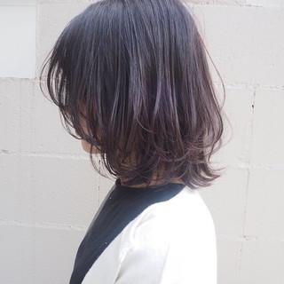 ボブ レイヤーカット ミディアム ナチュラル ヘアスタイルや髪型の写真・画像